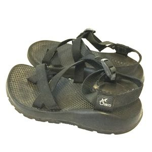 Women's Chacos Black Strap Outdoors Sandal